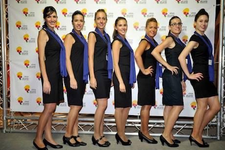 Nuestro simpatico grupo de azapatas posando en el photocall